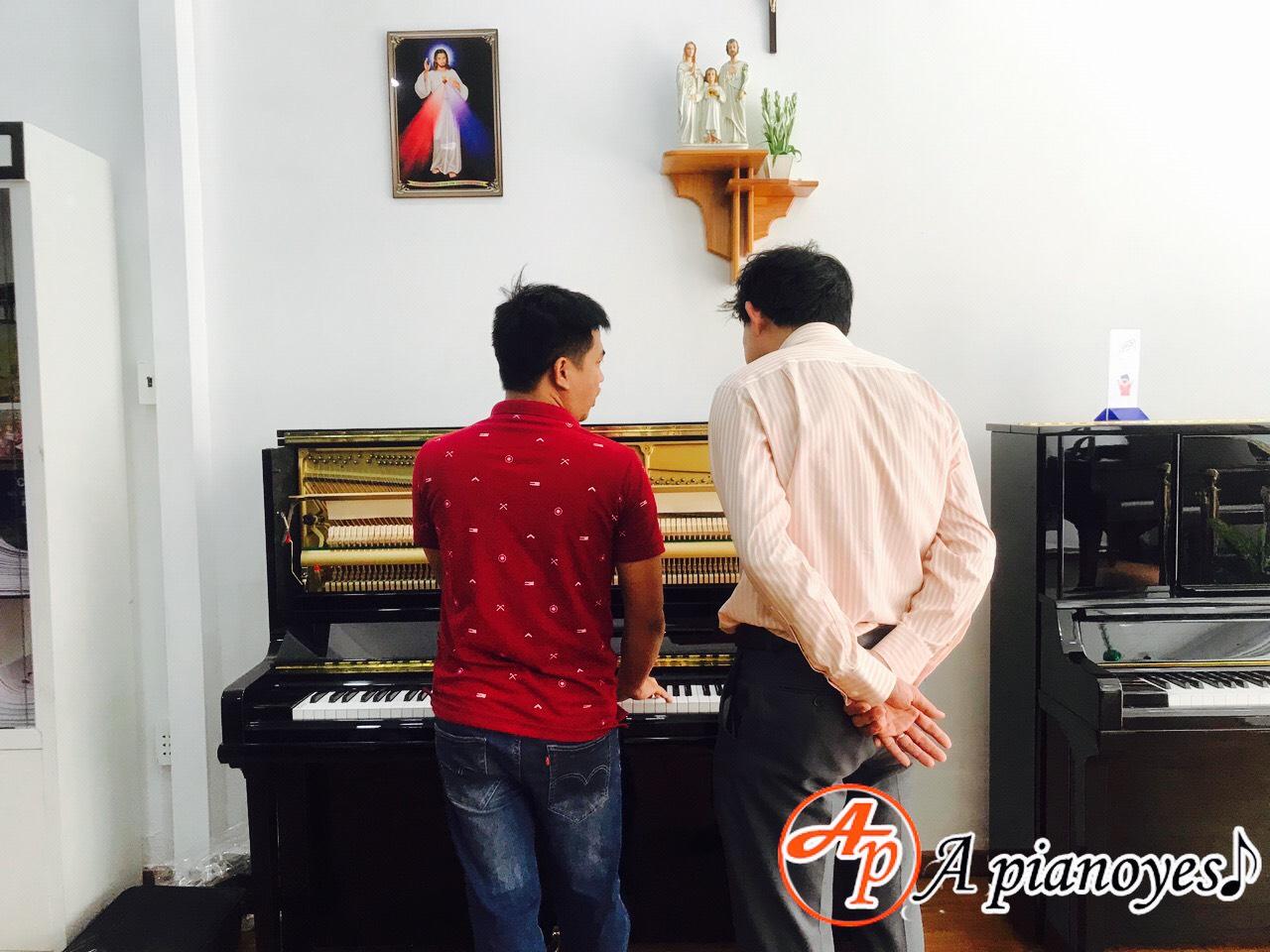 đàn piano cũ tphcm