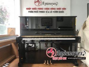 giá đàn piano cho trẻ em