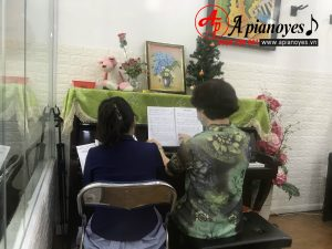 khóa học piano online cho người lớn